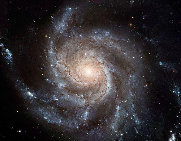 614px-M101_hires_STScI-PRC2006-10a