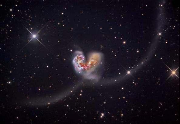 NGCs-4038-and-4039